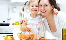 enseñar a mi hijo a comer bien