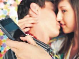 sexting, envío de imágenes de sexo o eróticas a través de móviles