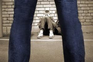 ¿CÓMO PUEDO DETECTAR SI MI HIJO SUFRE ACOSO ESCOLAR?