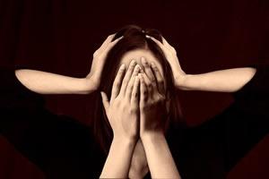 CÓMO ALIVIAR EL ESTRÉS POR PROBLEMAS ECONÓMICOS (Y PREVENIR LA DEPRESIÓN)